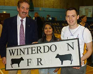 Winterdown farm sign