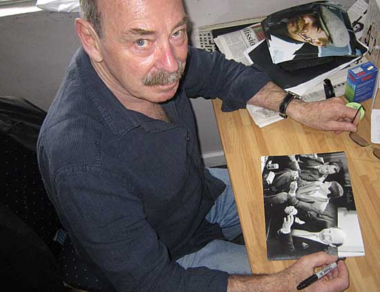 Denis Lill (Alan Parry) signs for the Appreciation Society