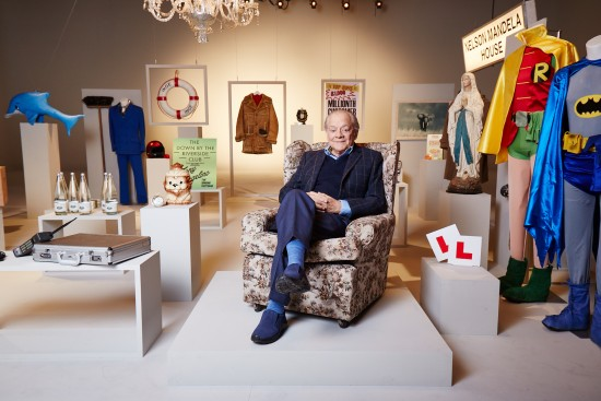 David Jason with only fools props used for Gold