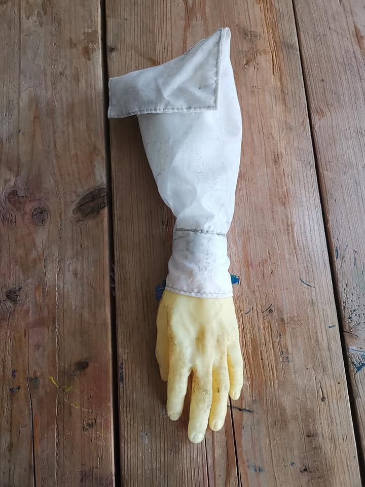 original arm from only fools episode